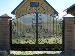 Делаем ворота и забор из поликарбоната в Киеве